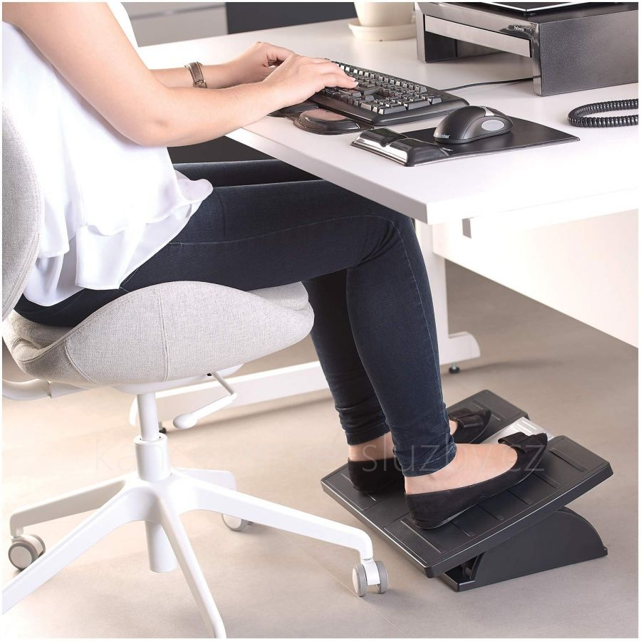 Podložka pod nohy Suites™ Adjustable Footrest w/Microban